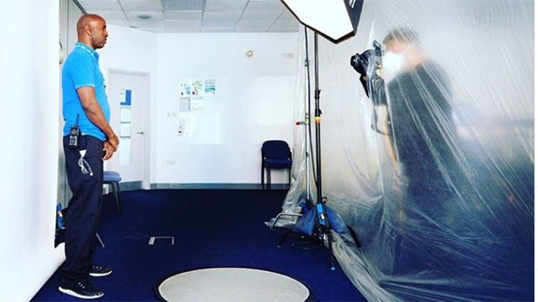 Ο Rankin φωτογράφισε ήρωες του NHS σε μία νέα σειρά πορτρέτων