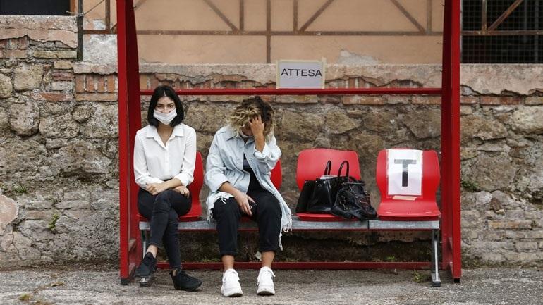 Αύξηση κορωνοϊού στην Ιταλία: Nέα μέτρα στο Βένετο