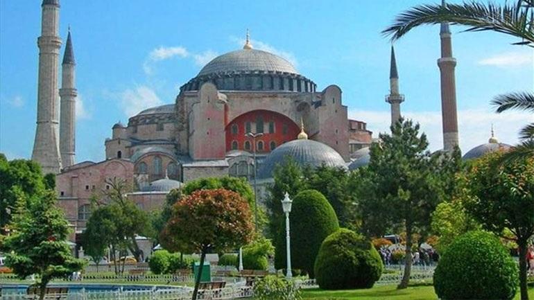 Έκκληση παγκόσμιας χριστιανικής νεολαίας προς Ερντογάν για την Αγία Σοφία