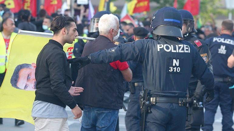 Αυστρία: «Τουρκικό δάκτυλο» βλέπει η κυβέρνηση πίσω από τα επεισόδια στη Βιέννη