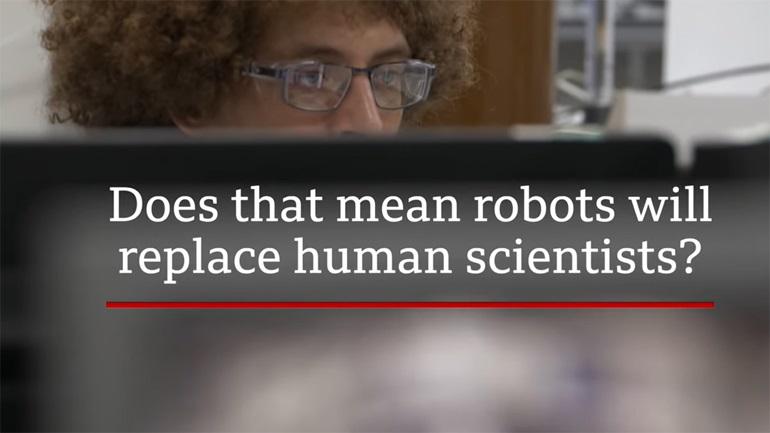 Ο πρώτος ρομποτικός χημικός που κάνει μόνος του πειράματα στο εργαστήριο για ώρες!