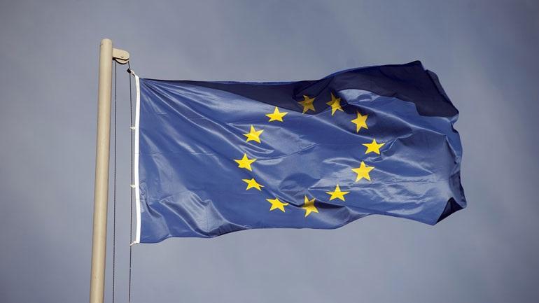 Η Ε.Ε. θα στηρίξει την Κροατία και τη Βουλγαρία στο πρώτο βήμα τους για να ενταχθούν στην Ευρωζώνη