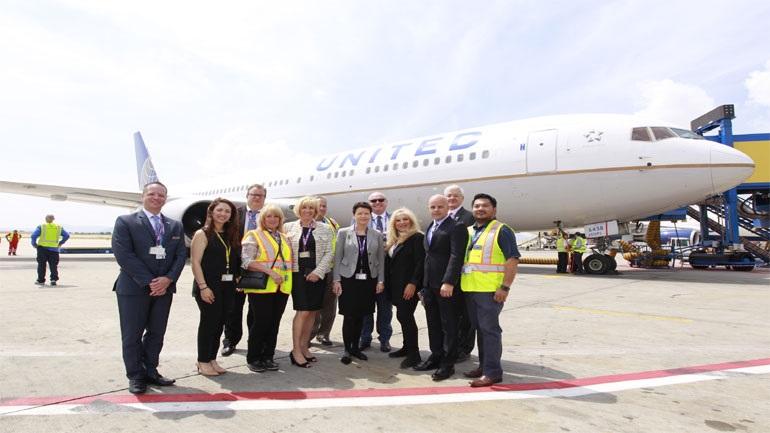 Συνεχίζουν οι αεροπορικές εταιρείες τις απολύσεις