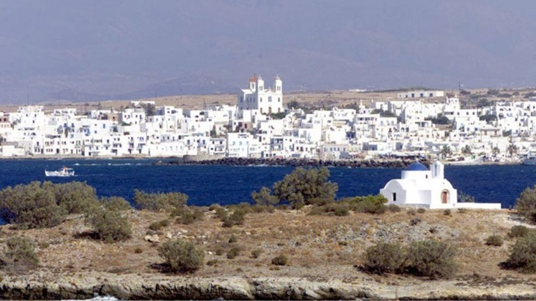 Travel + Leisure: Η Πάρος καλύτερο νησί της Ευρώπης για το 2020