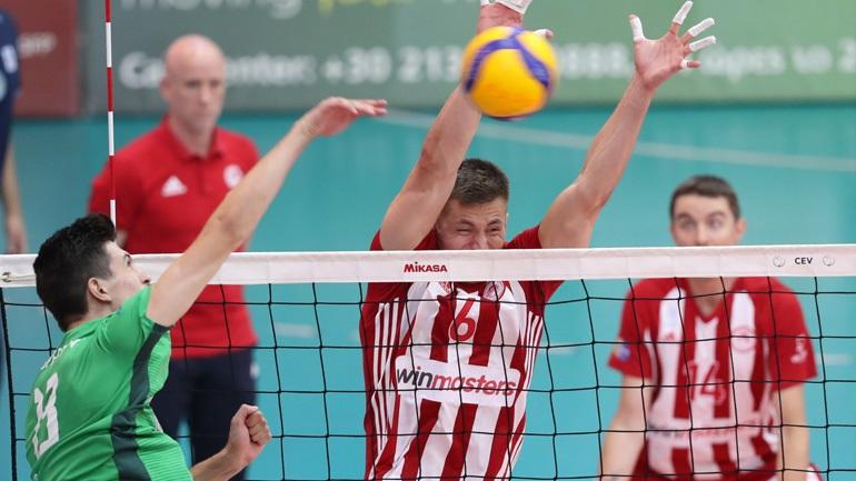 Live o 2ος τελικός της Volley League: Παναθηναϊκός-Ολυμπιακός 2-3 (Πρώτο σετ)