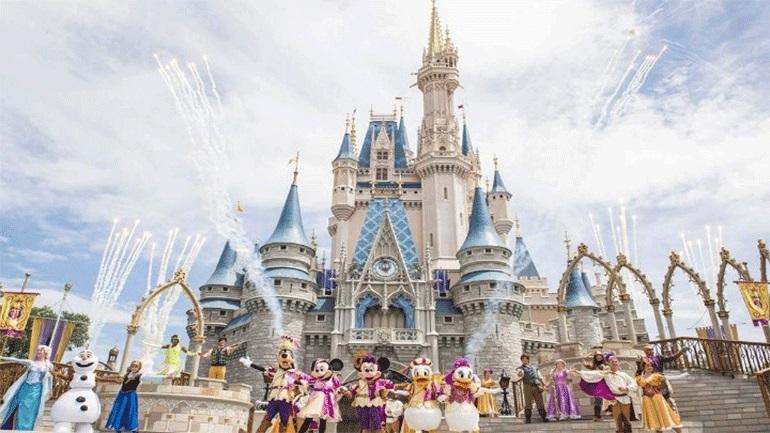 Υποχρεωτική χρήση μάσκας καθώς ανοίγει εκ νέου το Walt Disney World