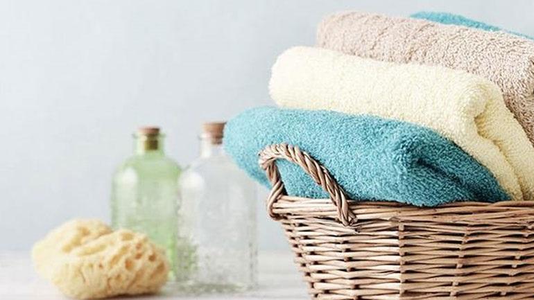 Κάθε πότε πρέπει να αλλάζουμε την πετσέτα μπάνιου;
