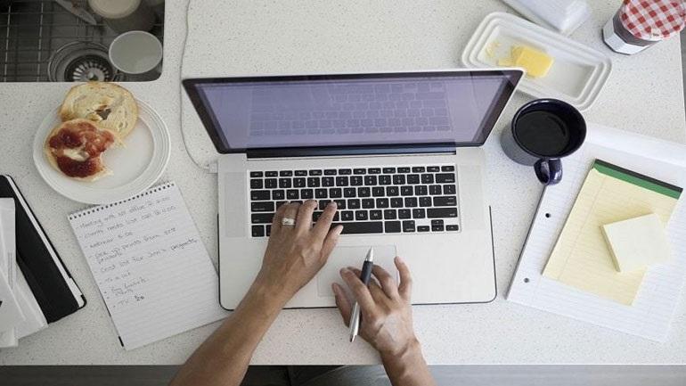 Ιρλανδία: Οι περισσότεροι υπάλληλοι προτιμούν να εργάζονται από το σπίτι