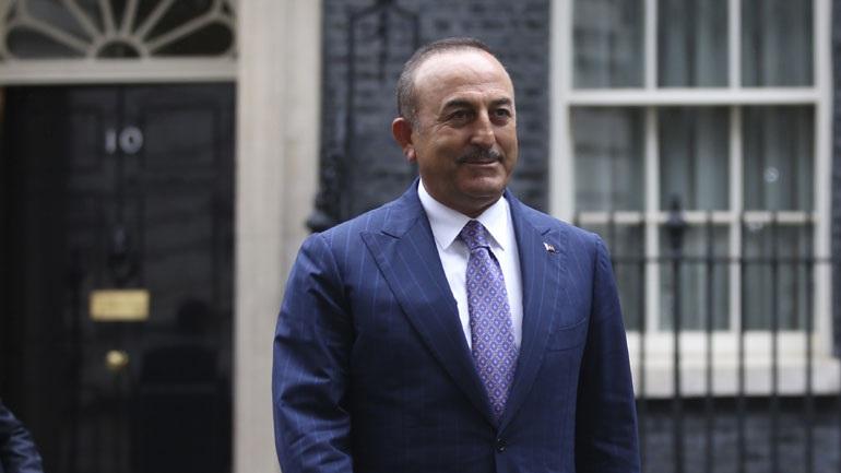 Τσαβούσογλου: Η Τουρκία θα ενημερώσει την UNESCO για τα βήματα που γίνονται σχετικά με την Αγία Σοφία