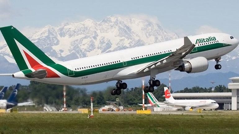 Alitalia: Δύο καθημερινές πτήσεις από Αθήνα για Ρώμη τον Αύγουστο