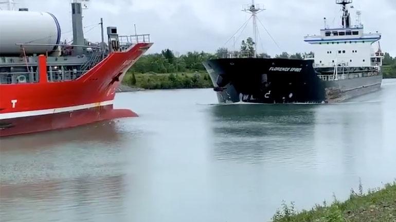 Σύγκρουση δύο πλοίων στον Καναδά