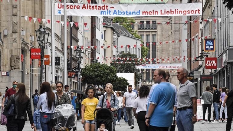 Κορωνοϊός: Επτά νέοι θάνατοι και 534 νέα κρούσματα στη Γερμανία