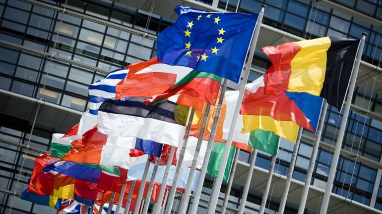 Ταμείο Ανάκαμψης: Πώς η έκβαση της συνόδου κορυφής της ΕΕ θα καθορίσει την πορεία των αγορών (Reuters)