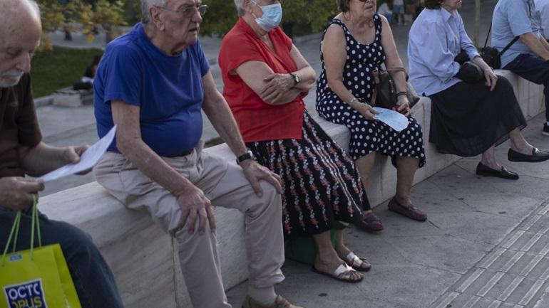Τι δείχνει η έκθεση του Παρατηρητηρίου για τον κορωνοϊό στην Ελλάδα