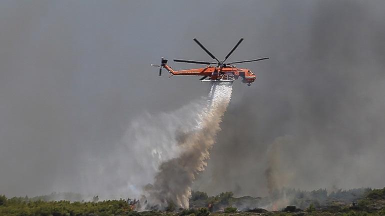 Υποψίες για εμπρησμό πίσω από τη φωτιά στο Λαύριο