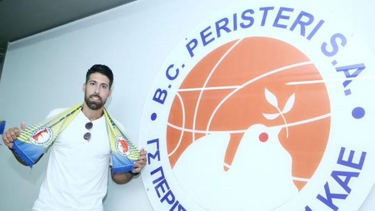 Μπάσκετ: Ανακοίνωσε τον Αθηναίου το Περιστέρι