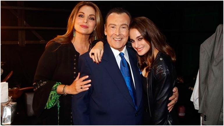 Ο Τόλης Βοσκόπουλος γιόρτασε τα 80α γενέθλιά του με την Άντζελα Γκερέκου στο πλευρό του!