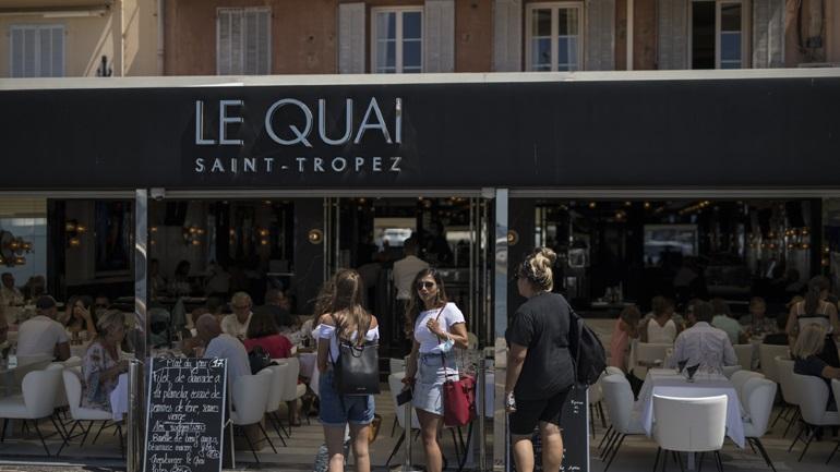 Ζημιές έως 40 δισ. ευρώ για τον τουρισμό στη Γαλλία