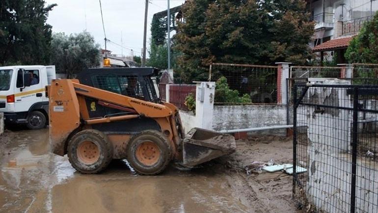 Θεσσαλονίκη: Προβλήματα από την καταιγίδα στον Δήμο Θερμαϊκού