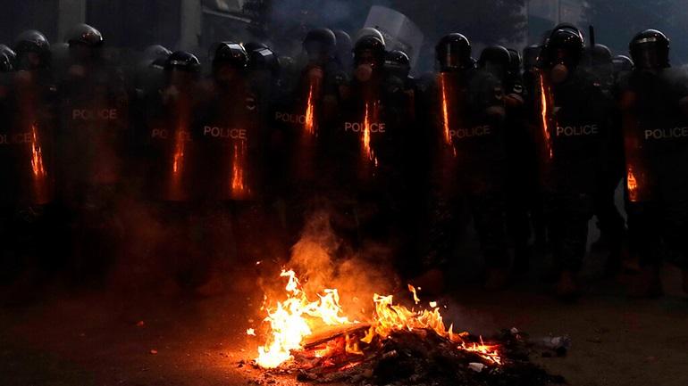 Λίβανος: Ο πρωθυπουργός παραιτήθηκε - Οι διαδηλώσεις συνεχίζονται