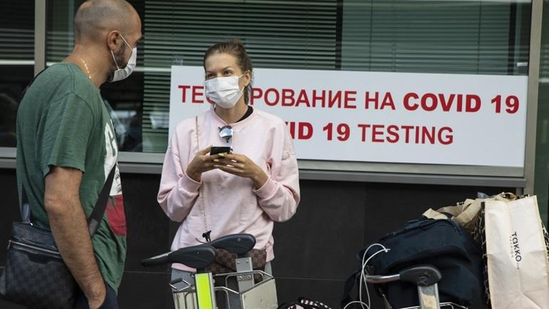 Ρωσία-κορωνοϊός: Τις 900.000 πλησιάζουν τα κρούσματα