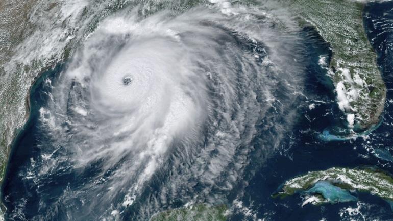 Ο κυκλώνας Λόρα απειλεί τη Λουιζιάνα και το Τέξας