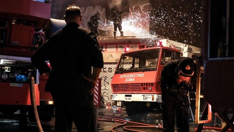 Φωτιά σε εγκαταλελειμμένο κτήριο στη Λένορμαν