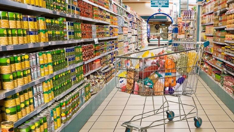 ΕΛΣΤΑΤ: Κατά 5,8% μειώθηκαν οι αμοιβές στο λιανικό εμπόριο στο β΄ τρίμηνο