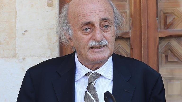 Ο. Τζουμπλάτ: Η γαλλική πρωτοβουλία είναι η τελευταία ευκαιρία για να σωθεί ο Λίβανος