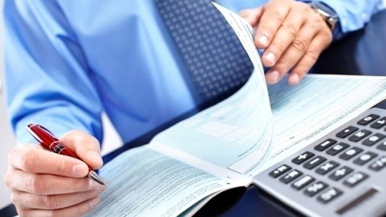 Στις επιχειρήσεις με τζίρο πάνω από 300.000 ευρώ οι περισσότερες αναστολές συμβάσεων
