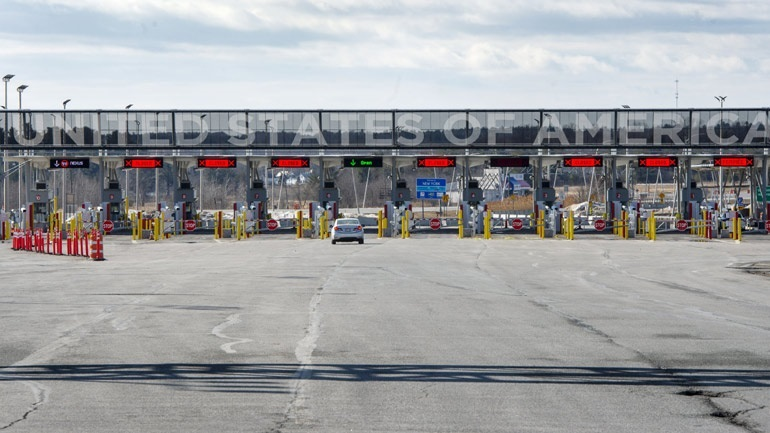 Τραμπ: Τα σύνορα με τον Καναδά θα ανοίξουν πριν από το τέλος του έτους