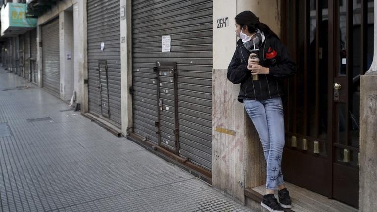 Covid-19: Παρατείνονται έως τα μέσα Οκτωβρίου τα περιοριστικά μέτρα στην Αργεντινή
