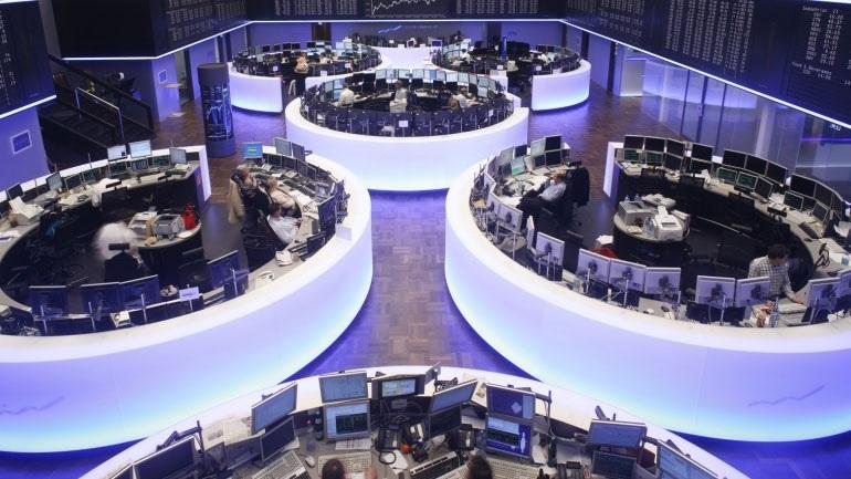 Σταθεροποιητικά τα ευρωπαϊκά χρηματιστήρια μετά το χθεσινό ξεπούλημα