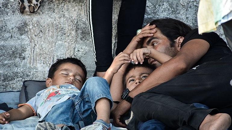 Ιταλία: Καθολική οργάνωση ανέλαβε τη μεταφορά στη Ρώμη 300 προσφύγων από τη Λέσβο