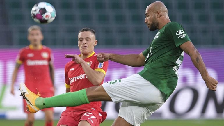 Europa League: Δυσκολεύτηκε η Βόλφσμπουργκ, 2-0 τη Ντέσνα