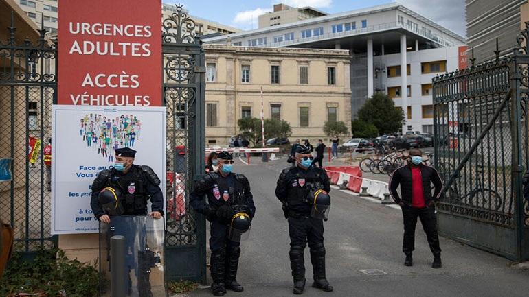 Γαλλία: «Είμαστε σε πόλεμο εναντίον της ισλαμικής τρομοκρατίας»
