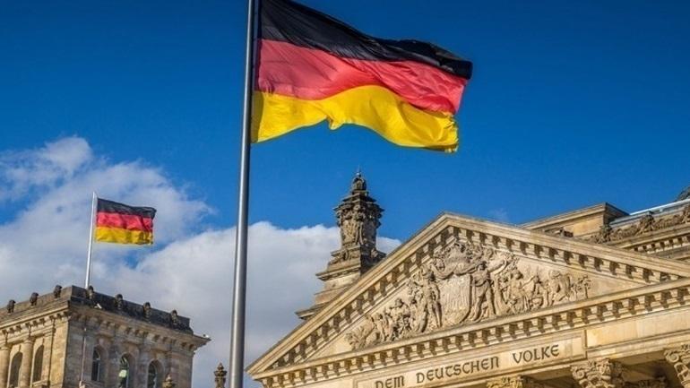 Γερμανία : Στέλεχος του AfD αποκαλύπτει τις φασιστικές ιδέες του σε τηλεοπτικό ντοκιμαντέρ