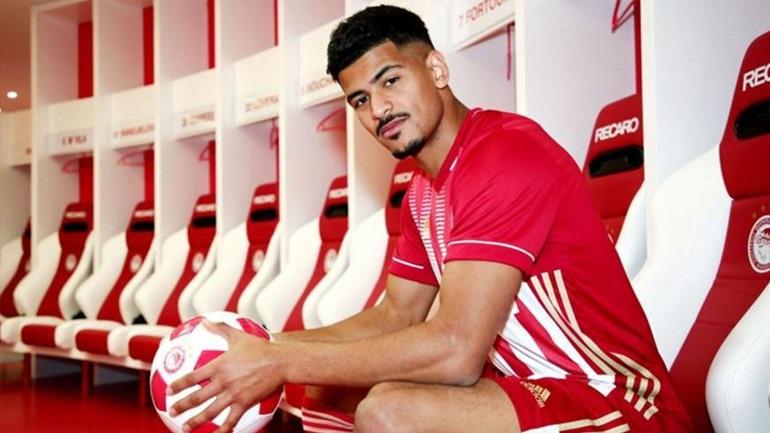 Ντρέγκερ: «Ήταν εύκολη η απόφασή μου να έρθω στον μεγαλύτερο σύλλογο της Ελλάδας»