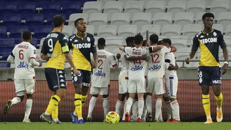Η Λιόν συνέτριψε 4-1 τη Μονακό