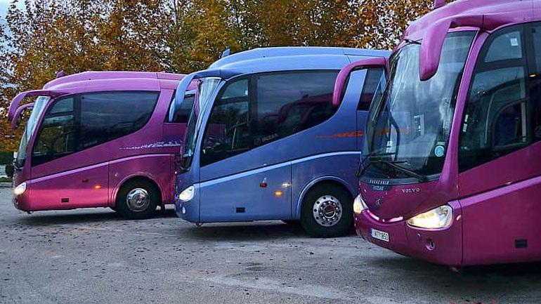 Υπογράφεται ΚΥΑ για την ενίσχυση των τουριστικών λεωφορείων τους μήνες Ιούλιο και Αύγουστο