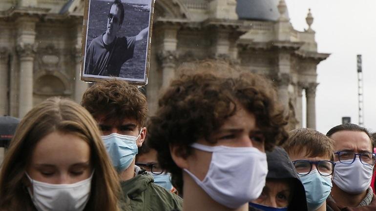 Φόρος τιμής στον καθηγητή Σαμουέλ Πατί τη Δευτέρα στα σχολεία της Γαλλίας