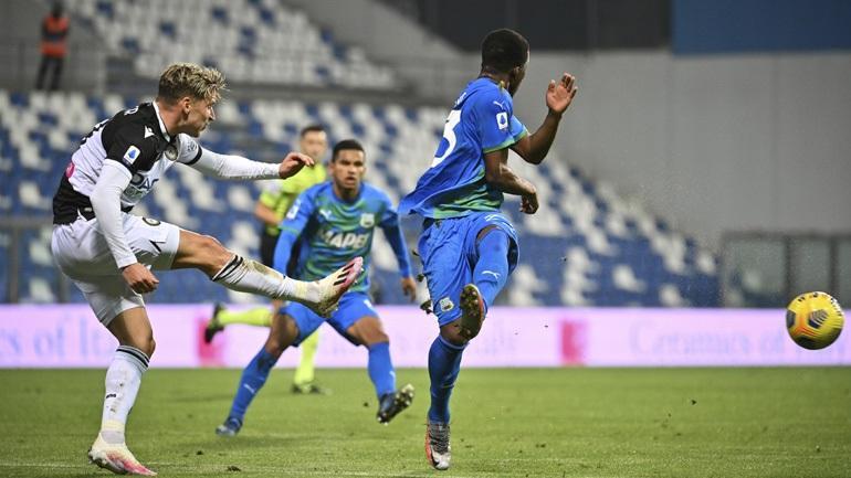 «Κόλλησαν» στο 0-0 Σασουόλο και Ουντινέζε