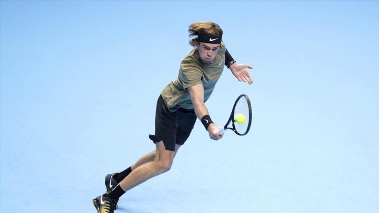 ATP Finals: Κόντρα στον Ρούμπλεφ την Τρίτη ο Τσιτσιπάς