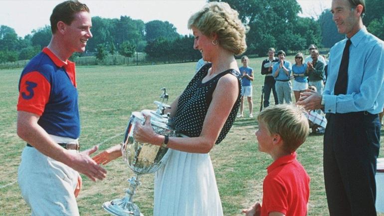 To love story της πριγκίπισσας Diana με τον James Hewitt: «Ήμουν ερωτευμένη μαζί του….»