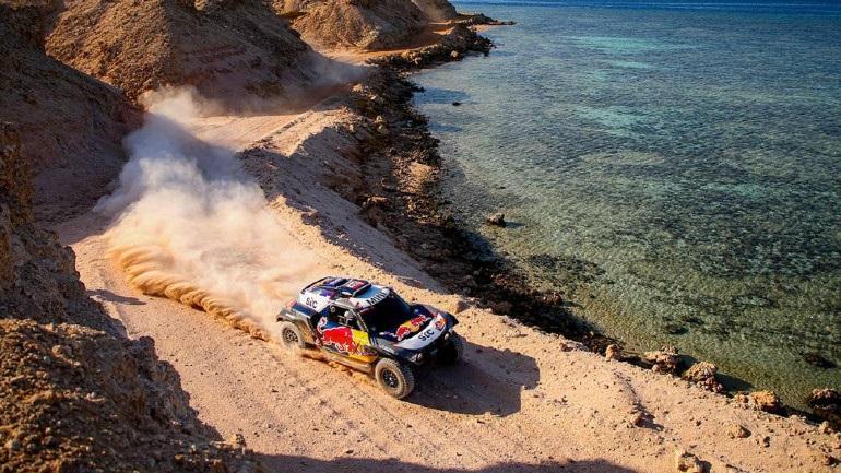 Dakar 2021 SS9: Πάτησε γκάζι ο Peterhansel, εγκατέλειψε ο Price