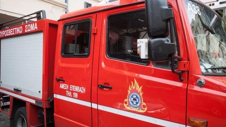 Ένας νεκρός από φωτιά σε σπίτι στο Αίγιο