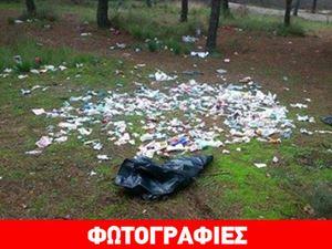 Πέταξαν «τόνους» σκουπιδιών στο δάσος των Μετεώρων