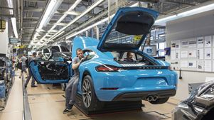 Απίστευτο μπόνους από την Porsche στους εργαζομένους