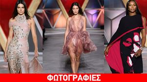 «Fashion for Relief»: Τα πιο διάσημα μοντέλα του πλανήτη περπάτησαν στον show της Campbell για καλό σκοπό