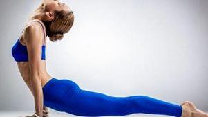 Νέο κολάν «διορθώνει» τις στάσεις στη yoga
